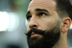 Pháp hy vọng lại gặp may nhờ… bộ ria mép của hậu vệ Rami