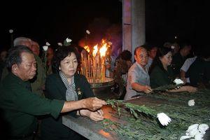 Thắp sáng nghĩa tình đồng đội ở nghĩa trang Quốc gia Đồi 82