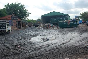 Người Sài Gòn khốn khổ sống cạnh bô rác tạm 18 năm