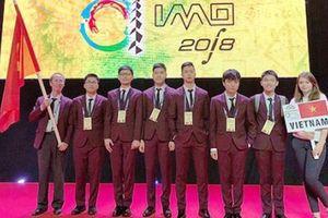 Hải Phòng thưởng 700 triệu đồng cho 2 học sinh giành huy chương Olympic Toán quốc tế