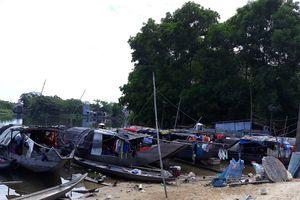 Những phận người trên xóm Vạn Đò ở hạ nguồn Sông Hương: 'Biết mần răng được chừ'!