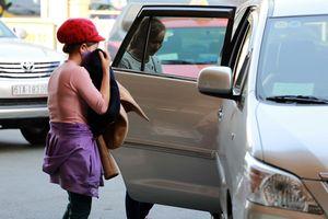 Taxi công nghệ cũng phải gắn mào?