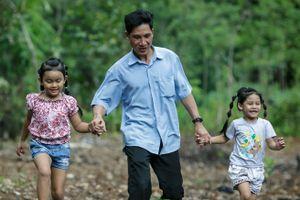 Hai năm sau cuộc trở về của bé gái bị trao nhầm ở Bình Phước