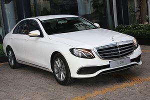 Mercedes-Benz E200 mới giá 2,099 tỷ lộ diện tại Việt Nam