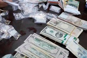 Thu giữ tang vật và dụng cụ gây án vụ phá két sắt trộm gần 4 tỷ đồng