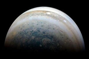 Phát hiện thêm 10 vệ tinh siêu nhỏ quay quanh sao Mộc