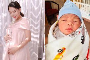 Thành Đạt, Hải Băng hạnh phúc khoe ảnh con trai mới sinh