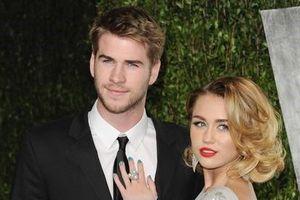 Miley Cyrus và Liam Hemsworth bị đồn hủy hôn và chia tay