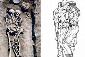 Kỳ lạ bộ xương ôm nhau tình cảm trong ngôi mộ cổ 3.000 năm