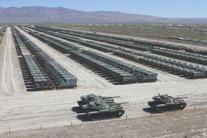 Kinh ngạc khi quy mô 'Nghĩa địa xe tăng' Mỹ lớn gấp vài lần Nga