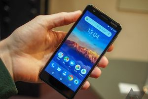Dưới 4 triệu đồng, nên mua Nokia 3.1 hay Samsung Galaxy J3 Pro 2017?