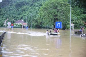 Hơn 20 người chết và mất tích do mưa lũ