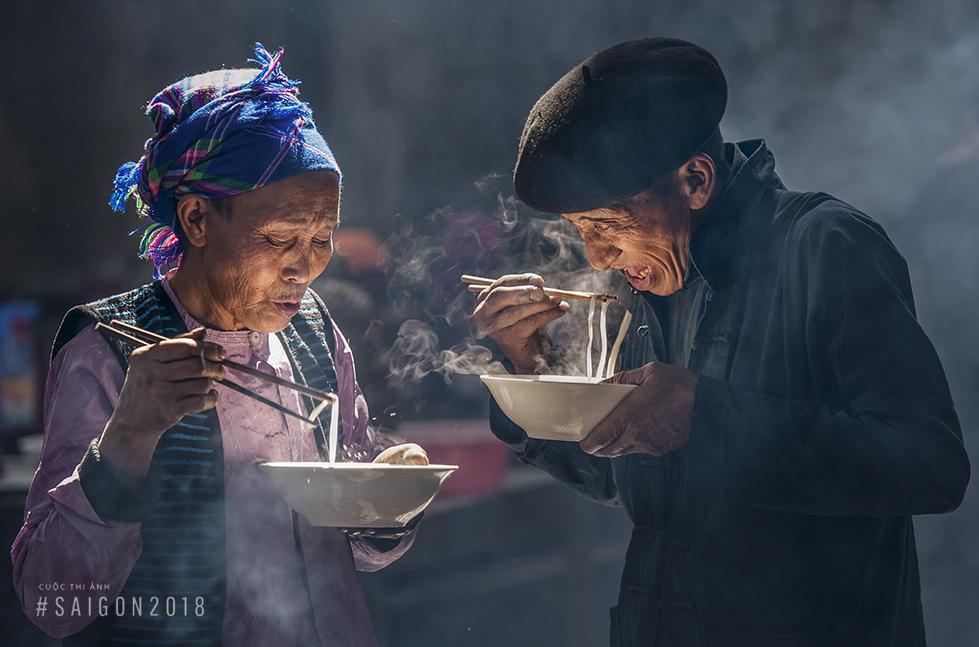 Chân thực vẻ đẹp con người Việt trong ống kính nhiếp ảnh gia