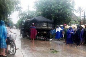 Quảng Bình: Bị cuốn vào gầm ôtô chở đất, thiếu nữ tuổi 18 tử vong