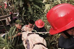 Nạn nhân may mắn sống sót vụ lật xe khách ở Cao Bằng: 'Không hiểu vì sao văng khỏi xe'