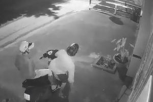 Trộm phá khóa lấy đi ô tô gần 2 tỉ đồng ở Bình Tân