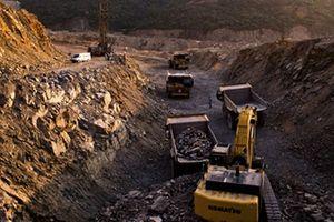 Xin khai thác 100.000 tấn quặng bán cho Trung Quốc: Không dễ