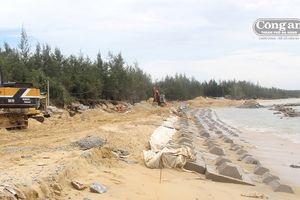 Tam Hải trước nỗi lo xâm thực và ô nhiễm môi trường bờ biển