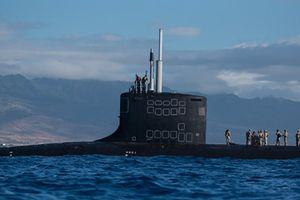 Ngạc nhiên cách biệt kích hải quân Mỹ 'chui' ra khỏi tàu ngầm