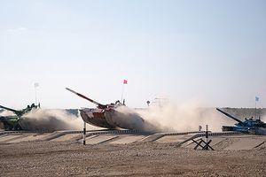 Việt Nam lần đầu xuất quân 'đấu xe tăng' Biathlon tại Nga: Điều gì chờ đợi?