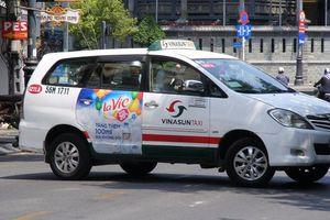 Vinasun thoát lỗ nhờ quảng cáo trên taxi và bán xe cũ