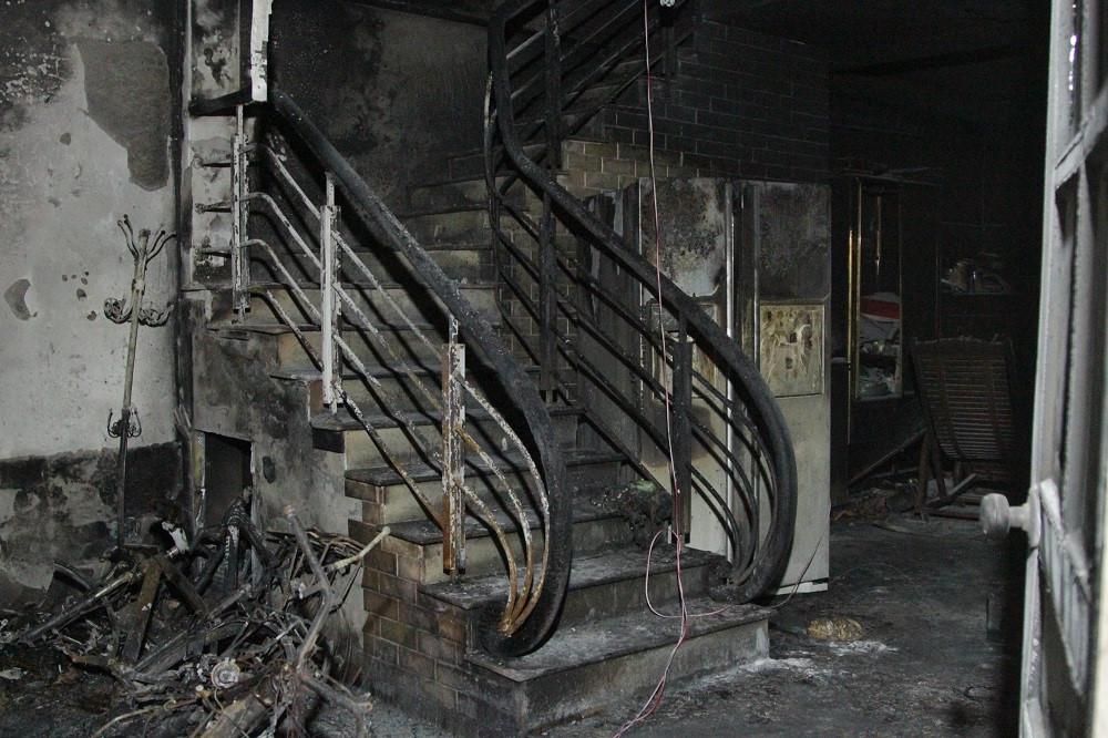Nghi phạm chém bố vợ nhập viện, đốt nhà uy hiếp cả gia đình