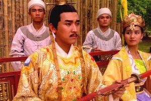 Thử lý giải chuyện vua Lý đột nhiên bị điên khi nương nhờ nhà Trần