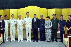 Lãnh đạo TP Đà Nẵng tiếp chỉ huy tàu Lực lượng bảo vệ bờ biển Nhật Bản - Kojima