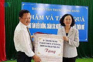 Trưởng ban Dân vận Trung ương thăm hỏi nhân ngày Thương binh liệt sỹ