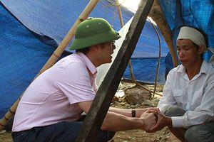 NHCSXH hỗ trợ người dân 'rốn lũ' Yên Bái vượt khó khăn