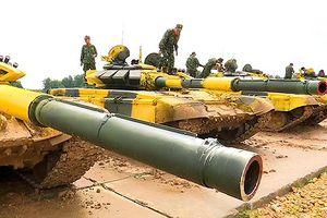 Đấu xe tăng tại Nga: Đội Việt Nam huấn luyện bắn từ T-72
