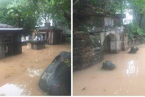Di tích Lăng đá Quận công Phạm Mẫn Trực (Huyện Hoài Đức - Hà Nội) ngập nước: Chính quyền xã thiếu trách nhiệm?