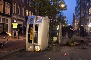 Báo động Amsterdam bị biến thành ổ tội phạm vào ban đêm