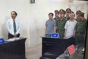 Tuyên Vũ 'nhôm' 9 năm tù tội cố ý lộ bí mật Nhà nước