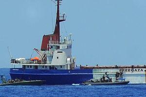 Israel chặn tàu EU chở hàng viện trợ tới Gaza