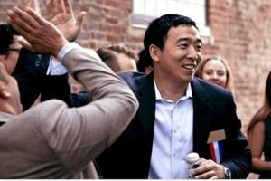 Doanh nhân gốc Trung Quốc nhận tài trợ tiền ảo, tranh cử tổng thống Mỹ