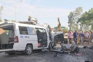 San sẻ nỗi đau ngày cưới trong tai nạn thảm khốc 13 người chết