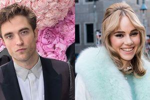 Robert Pattinson và Suki Waterhouse đang hẹn hò