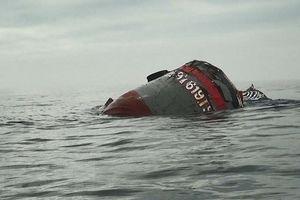 Ngã xuống biển một thuyền viên mất tích