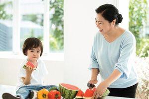 'Món quà' sức khỏe trao tặng cha mẹ dịp Vu lan