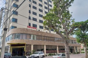 Khách sạn Sapa ở Nghệ An tự ý gắn sao, vi phạm an toàn thực phẩm