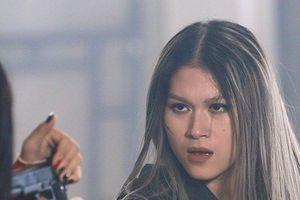 'Sát thủ máu lạnh' Ngọc Thanh Tâm gặp sự cố chấn thương trên phim trường