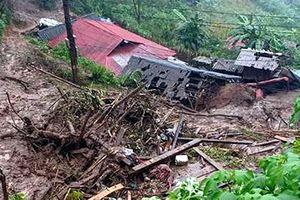 Lai Châu: Lũ quét bất ngờ ở Phong Thổ, 8 người thương vong, 5 người mất tích