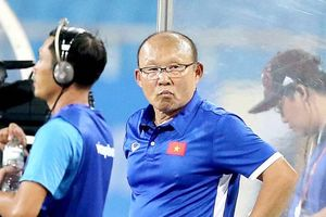HLV Park Hang-seo tiết lộ lý do xáo trộn số áo đội tuyển Olympic Việt Nam