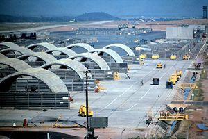 Sân bay Phù Cát thời chiến tranh Việt Nam trông như thế nào?
