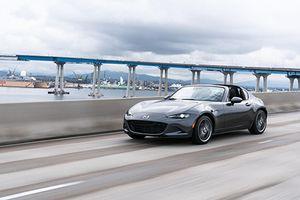 'Soi' Mazda MX-5 2019 giá khởi điểm từ 580 triệu đồng