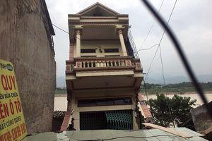 Thủy điện Hòa Bình và Sơn La mở cửa xả đáy, cảnh báo sạt lở đất vùng hạ lưu