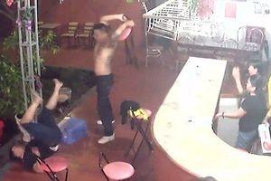 Nhiều đối tượng tham gia giết người tại quán karaoke ra đầu thú