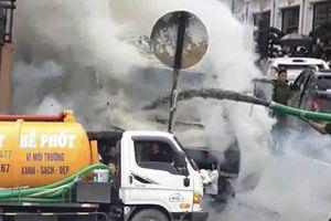 Dùng xe hút bể phốt chữa cháy: Tình thế cấp thiết