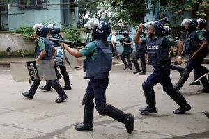 Biểu tình Bangladesh - vụ tai nạn làm tê liệt thành phố 18 triệu dân